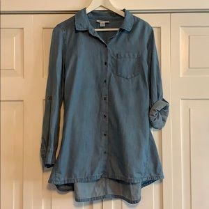 Maternity Jean colored blouse M